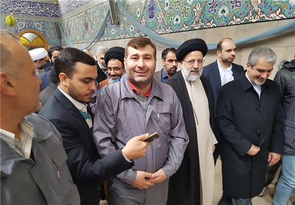 """صورة إيران تعيد إعمار مرقد """"السيدة زينب"""""""