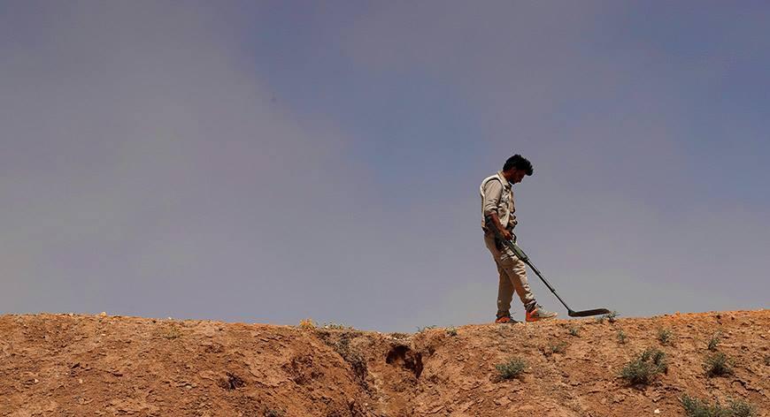 صورة مجموعة للنظام للسوري تقع بكمين ألغام بريف إدلب