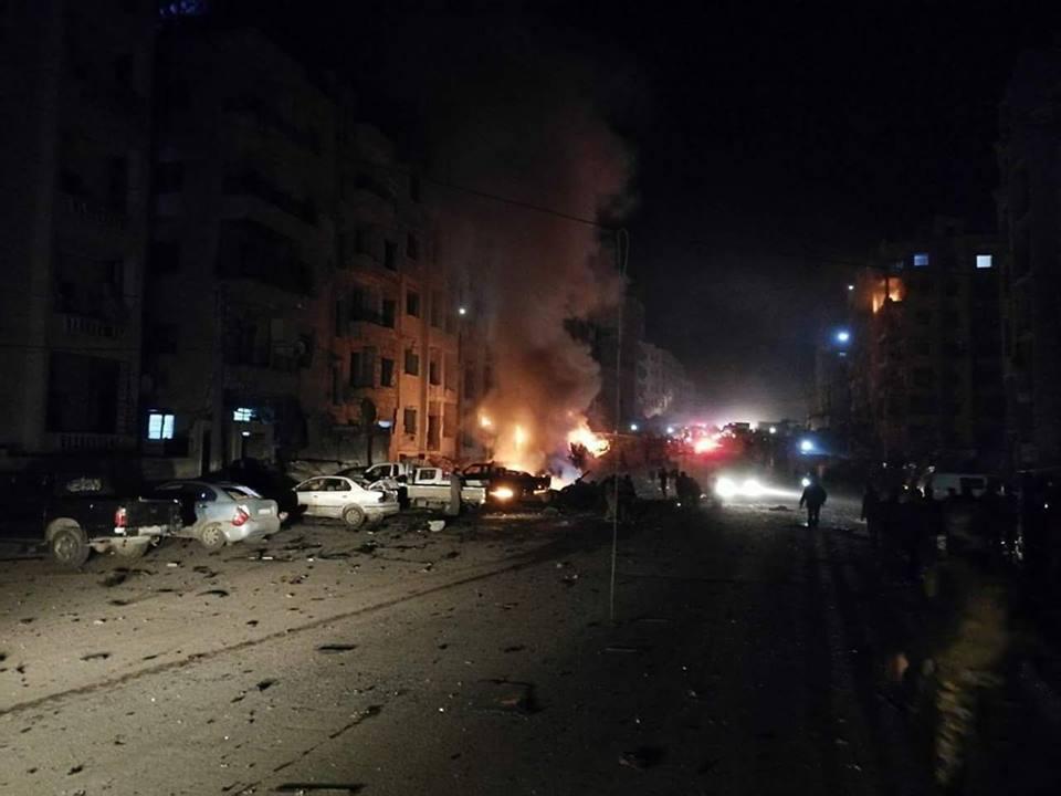 صورة 30 قتيلا بتفجير مجهول الهوية بمدينة إدلب