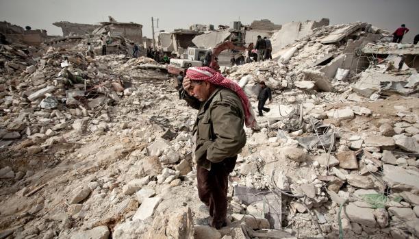 صورة فيلم المناضل..النظام السوري يكتب التاريخ المشوّه