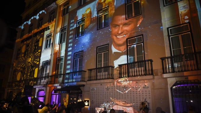صورة نجم ريال مدريد الإسباني يفتتح فندقاً في تركيا
