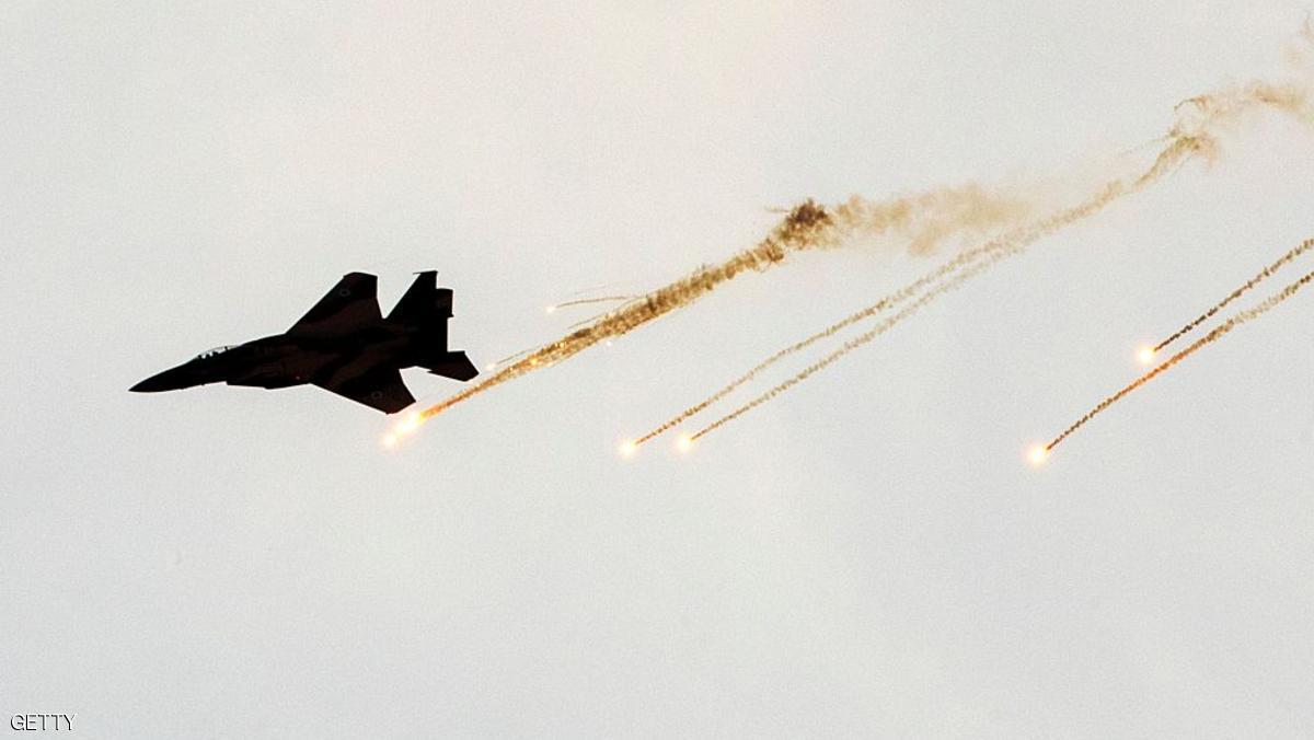 صورة هجمات إسرائيلة تطال مواقع عسكرية للأسد