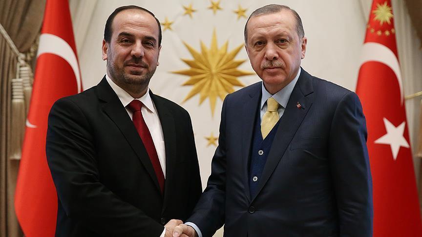 صورة أردوغان يستقبل رئيس الهيئة التفاوضية للمعارضة السورية