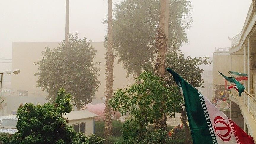 صورة خبير إيراني: المظاهرات قد تخرج عن سياقها