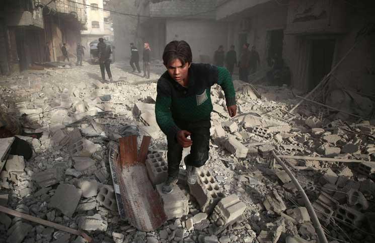 صورة تايمز: الأسد رهينة والشعب أكبر الخاسرين