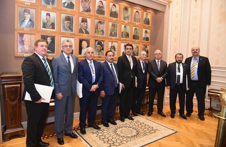 صورة بوادر لتحجيم الخلافات بين تركيا ومصر