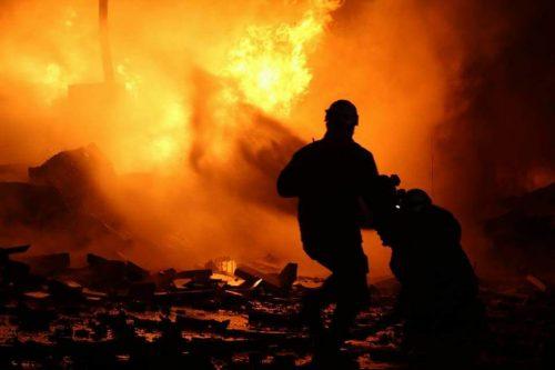 """صورة عشرات القتلى والجرحى بقصف روسي على """"معرة النعمان"""""""