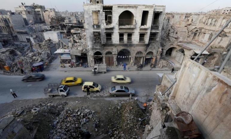 صورة فرنسا تطالب بإنهاء الضربات الجوية في سوريا