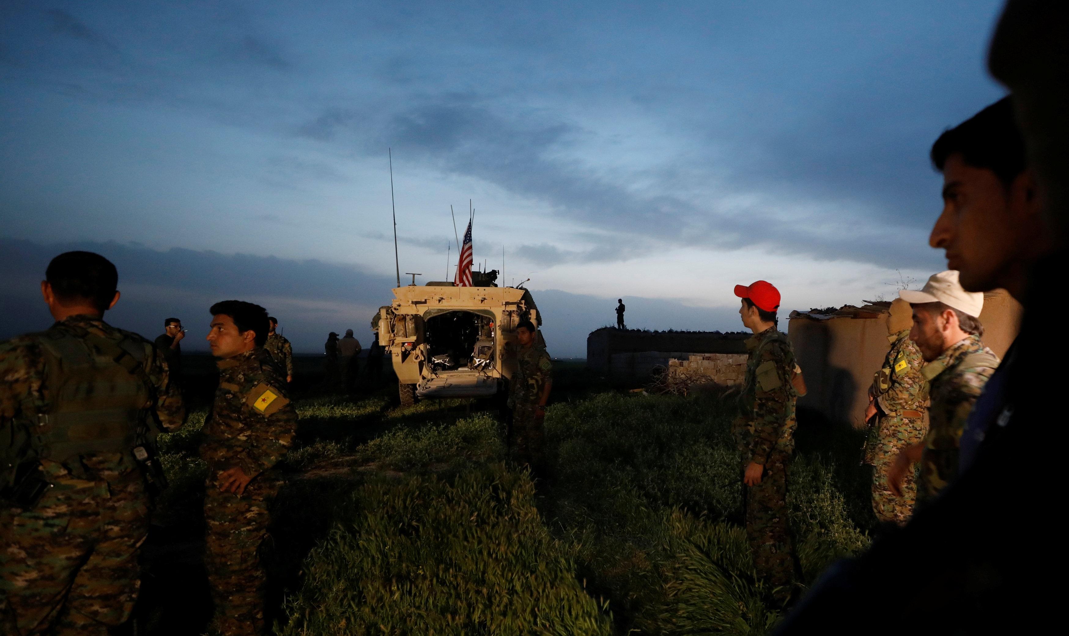 صورة سفير روسيا بدمشق: جيش أمريكي من الأكراد والدولة
