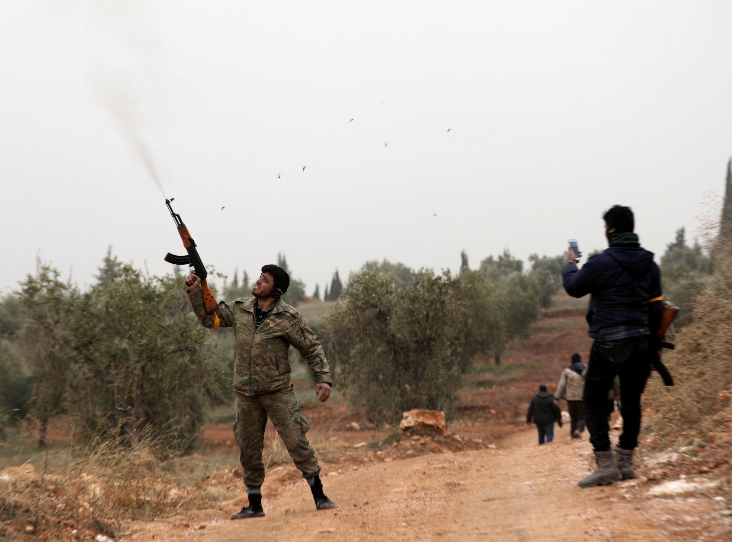 صورة الجيش الحر يواصل التقدم شمال عفرين