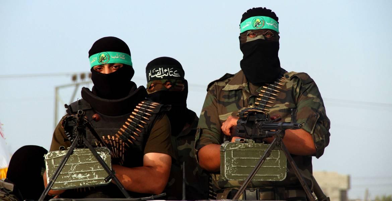 """صورة الجبير يصف حماس بـ""""المتطرفة"""" والحركة تستنكر"""