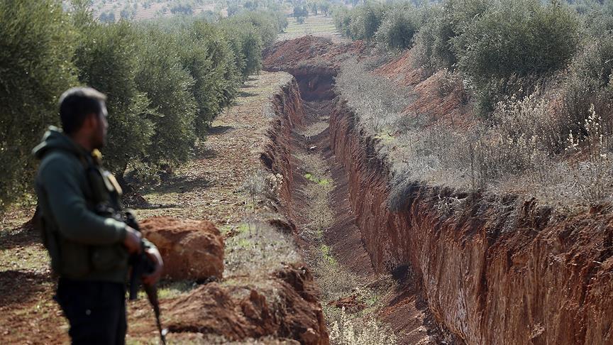 صورة السيطرة على خندق كبير للميليشيات الكردية قرب عفرين