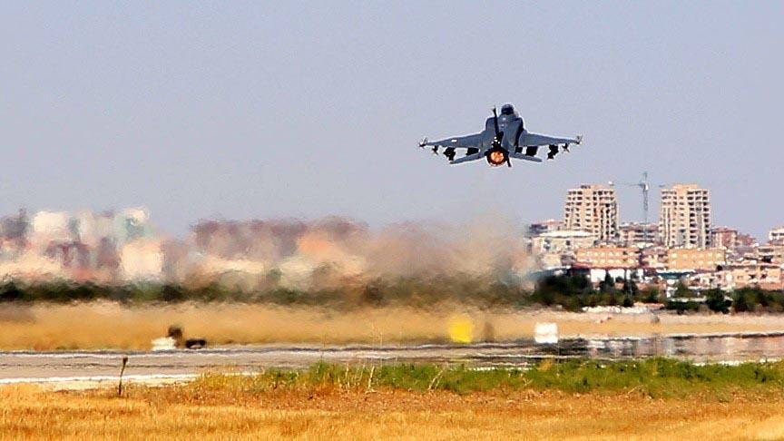 صورة أفـ16 إسرائيلية نجت من 20 صاروخ بسوريا