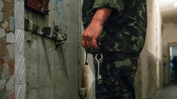 صورة ليبراسيون: الاغتصاب سلاح لقمع المعارضين السوريين