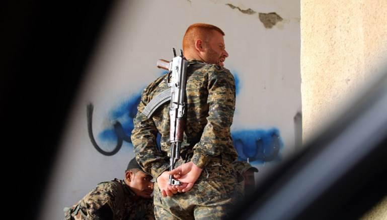 صورة YPG تكثف زراعة الألغام قرب الحدود التركية