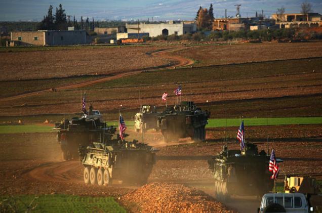 """صورة وفد من """"التحالف الدولي"""" يتفقد منبج"""