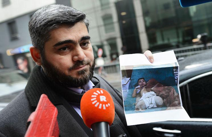"""صورة جدال بين """"علوش"""" و""""المرصد السوري"""""""