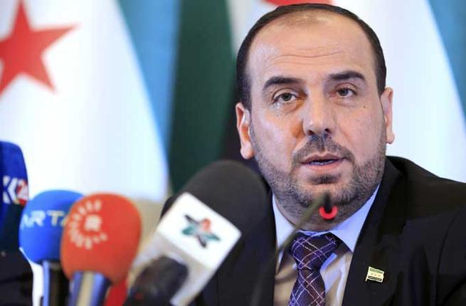 صورة الحريري: واهم من يظن أن الحل بسوريا عسكريا