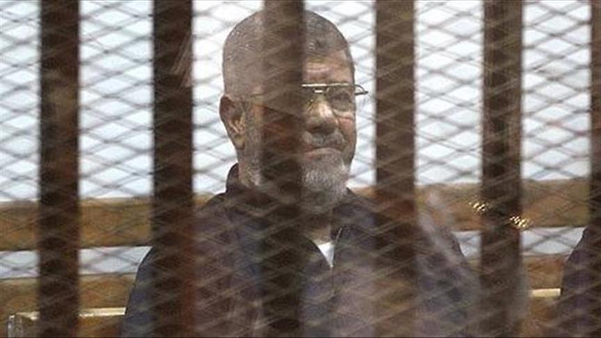 """صورة لجنة بريطانية: ظروف احتجاز مرسي """"قد تُعجل بوفاته"""""""