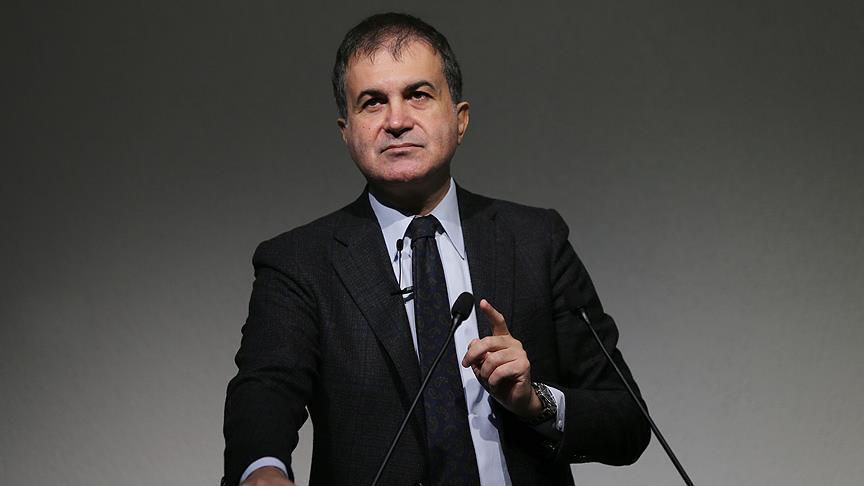 صورة وزير تركي: النظام السوري لا يتردد في استهداف القوافل الإغاثية