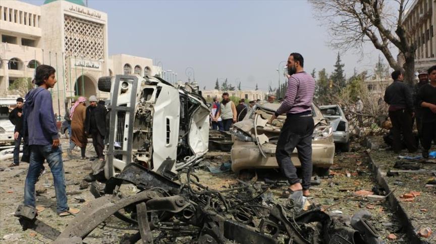 صورة مقتل 7 وإصابة 25 مدنيا بتفجير مفخخة بإدلب