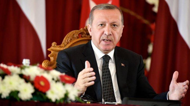 صورة أردوغان يحذر من سيناريوهات لتقسيم المنطقة