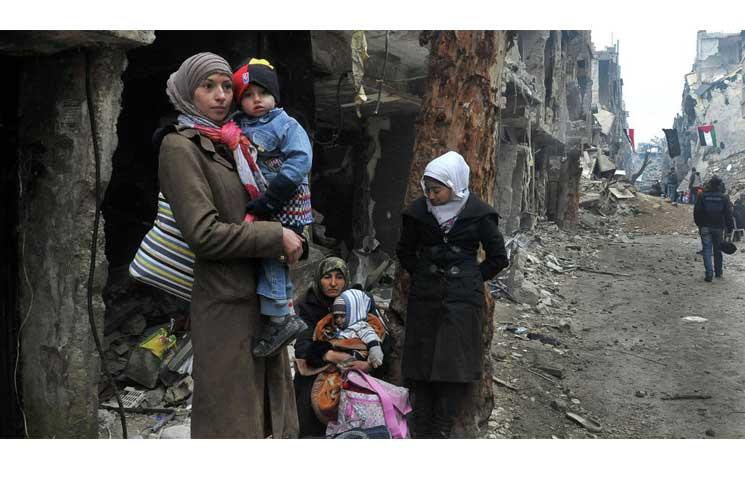 صورة لاجئو فلسطين بسوريا يتحدون «نقطة تفتيش الموت»