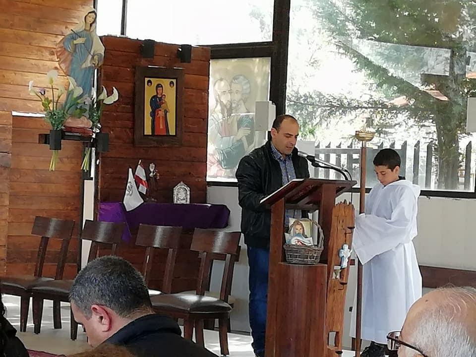 صورة لبنان..كنيسة تعمّد أطفالاً سوريين بعد اختطافهم