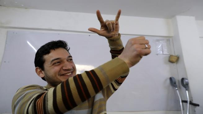صورة هؤلاء لا يسمعون صوت القذائف في سورية