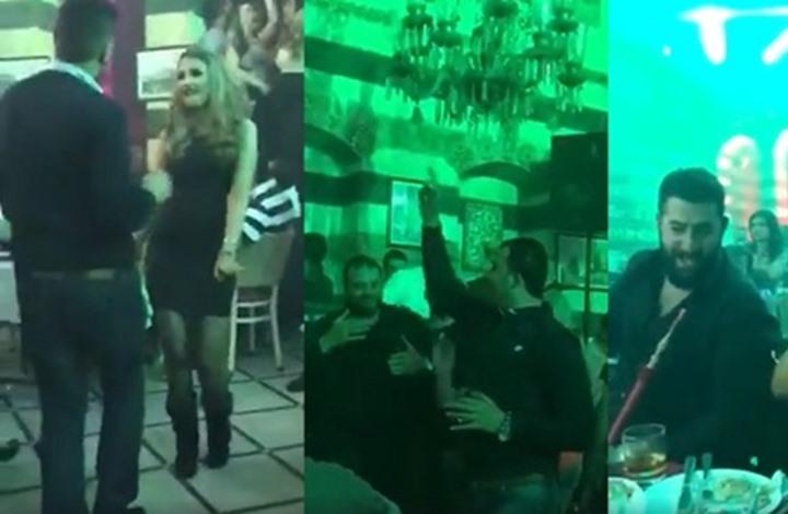 """صورة شبان يحرقون مطعم بدمشق أدى """"لطمية"""""""