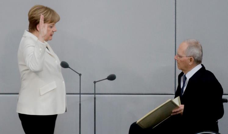 صورة رئيس البرلمان الألماني: الإسلام جزء من بلادنا
