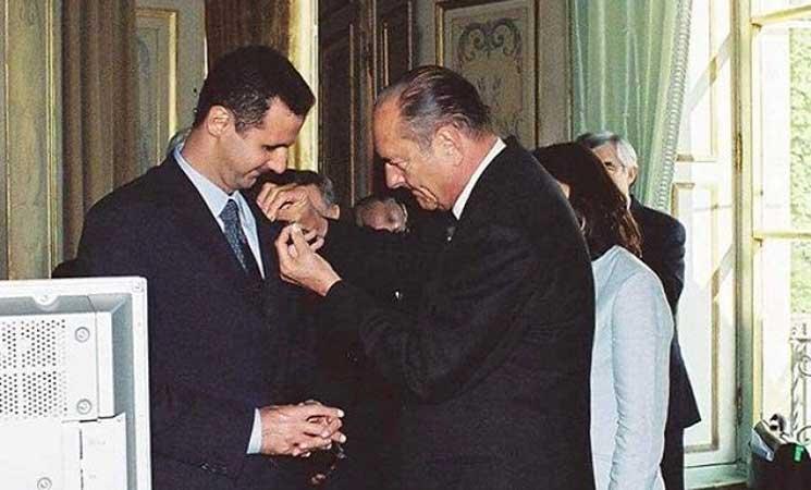 """صورة الأسد يرد وسام """"جوقة الشرف"""" إلى فرنسا"""