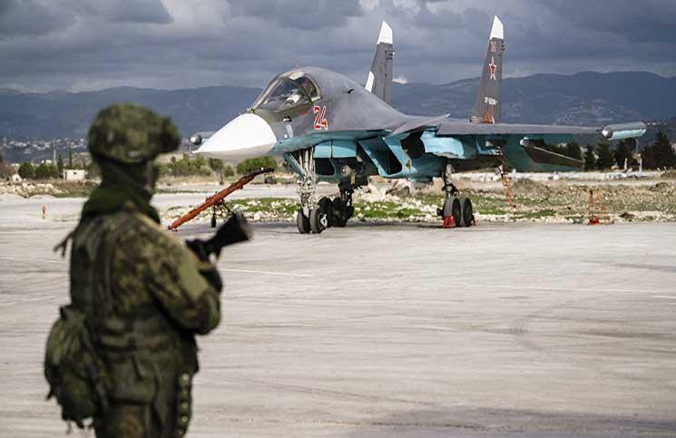 صورة طائرات مسيرة تهاجم حميميم..وروسيا تتوعد