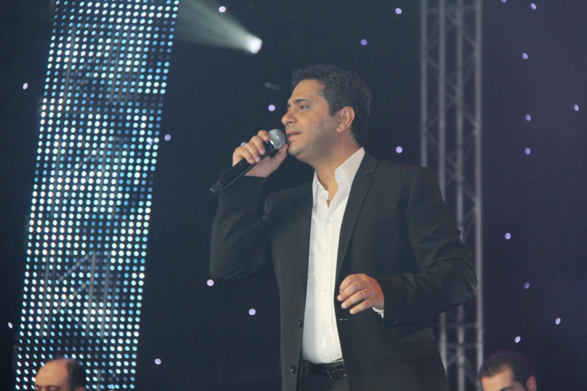 صورة بعد 6 سنوات..فضل شاكر يغنّي في رمضان!