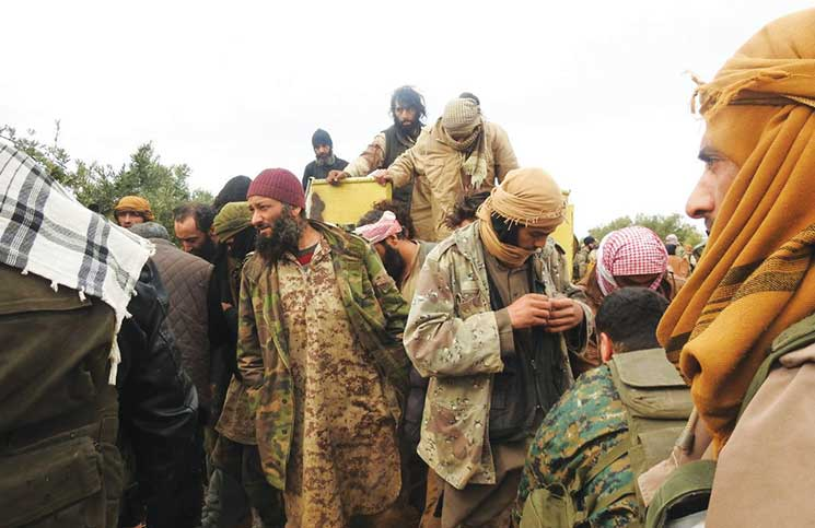 صورة إدلب..فرار عشرات العناصر لداعش من سجن