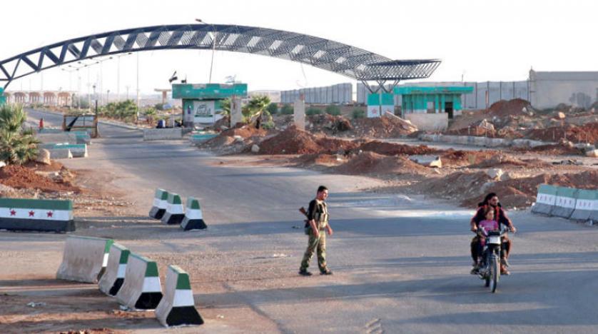 صورة لافروف يطالب بنشر قوات النظام على حدود سوريا الجنوبية