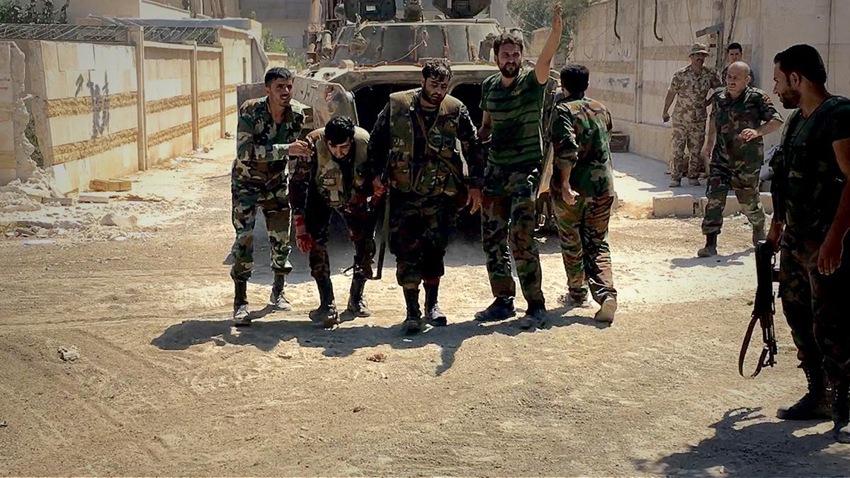 صورة باحث: تحرير الشام قادرة على قلب الطاولة شمال سوريا