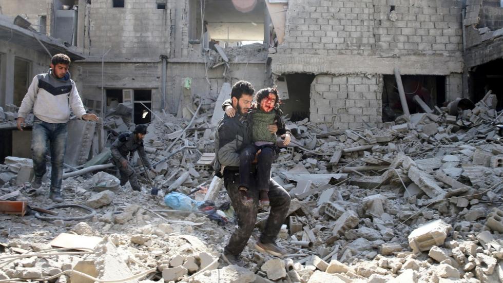 صورة القانون رقم 10..جدار جديد للأسد أمام العملية السياسية