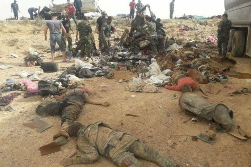صورة حادث مرور..مقتل 27 عنصراً للدفاع الوطني
