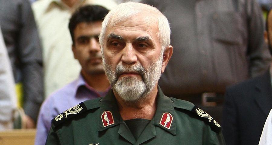 صورة مذكرات همداني..تجنيد العلويين والشيعة لقمع الثورة