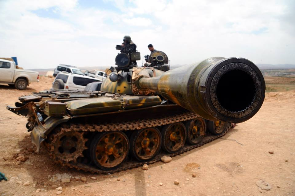 صورة الأسد يحارب إعلاميا بدرعا..وقواته تحشد للشمال؟