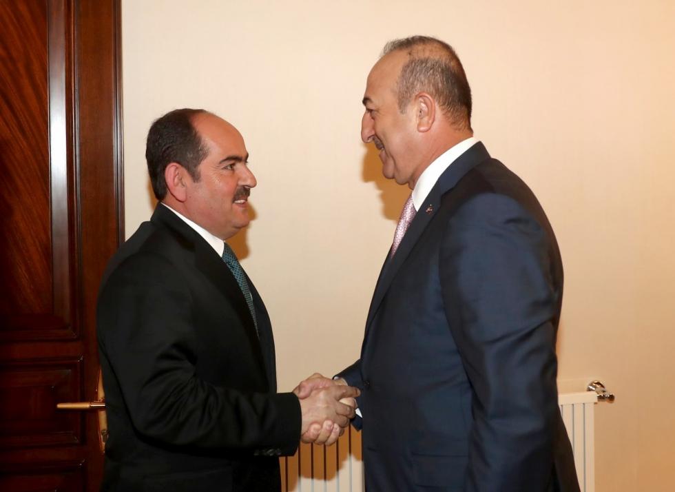 صورة رئيس الائتلاف يلتقي وزير الخارجية التركي