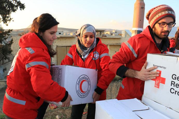 صورة الصليب الأحمر فقد 70 متطوعاً بسوريا
