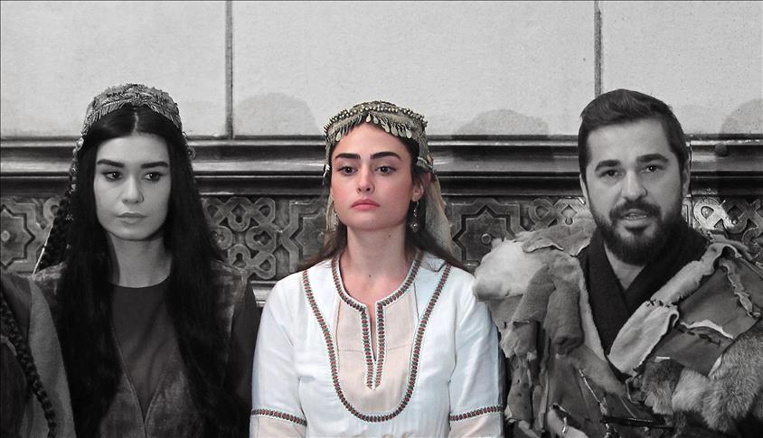 """صورة وفاة """"حليمة سلطان"""" تدمي قلوب عشاق """"أرطغرل"""""""