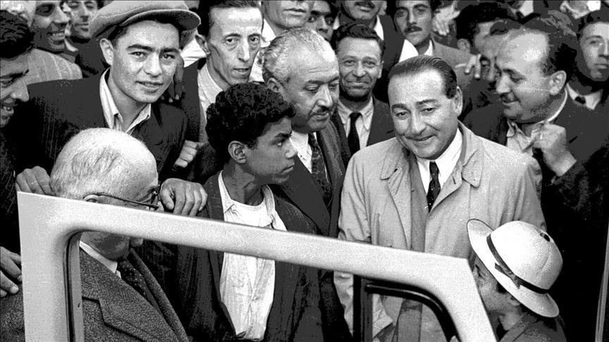 """صورة """"أعدموا مندريس يا ولدي !""""..الذكرى الـ 58 لـ""""إعدام الديمقراطية"""" في تركيا"""