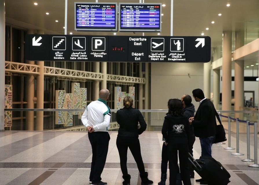 صورة لبنان يلغي أختام الدخول والخروج للإيرانيين