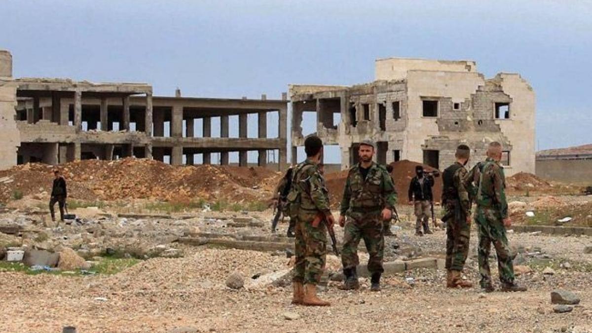 صورة التحالف الدولي يدك النظام السوري وسط البلاد
