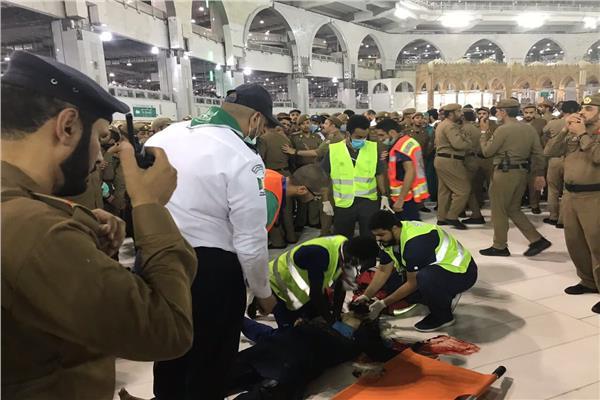 صورة انتحار آسيوي في الحرم المكي