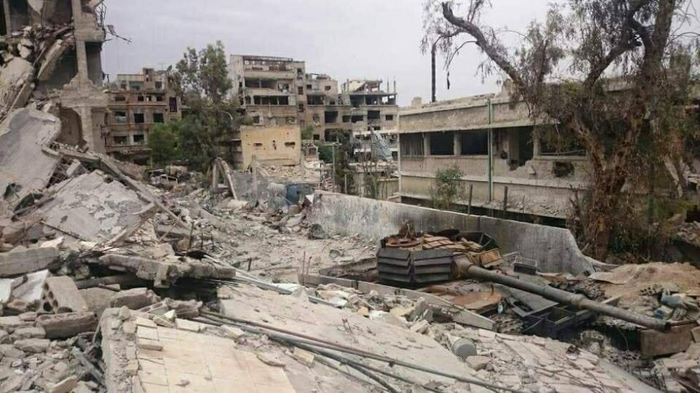 صورة نظام الأسد يعدم لاجئاً فلسطينياً بمخيم اليرموك