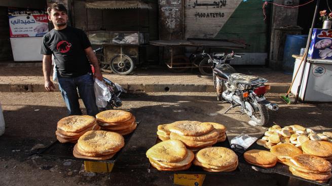 صورة ثامن رمضان في درعا بدون طقوس احتفالية